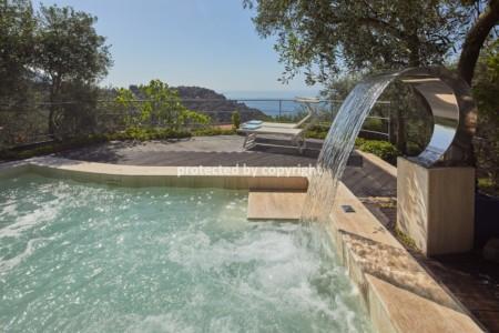Luxury Villa Sea View