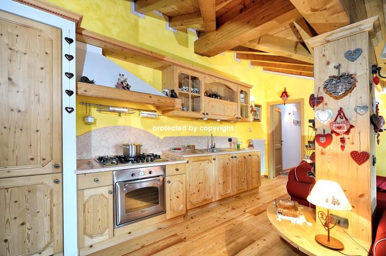 Attic Apartment in Pinzolo